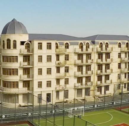 5 mərtəbəli yaşayış binası